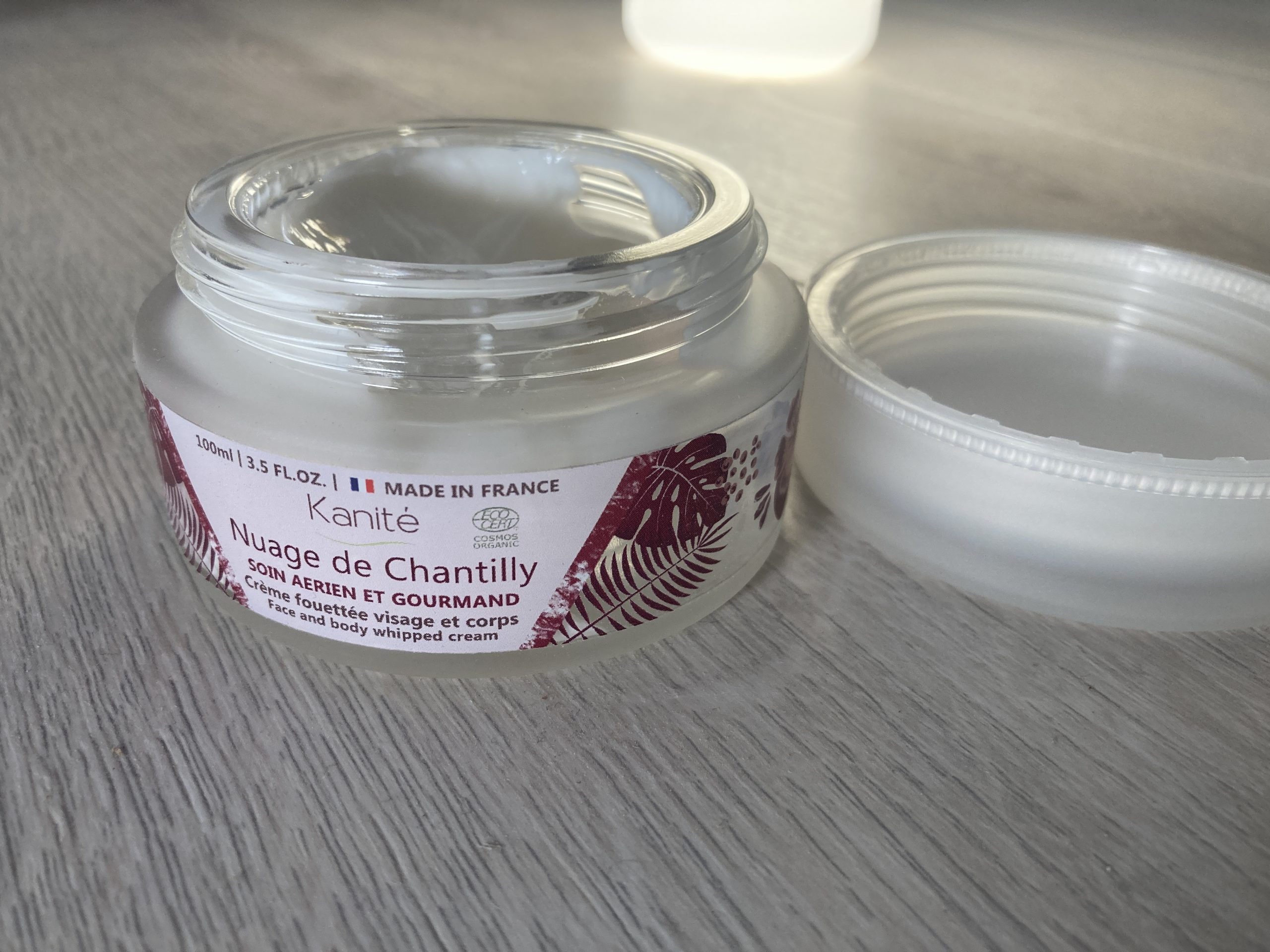 Nuage de chantilly Kanité